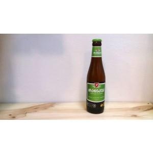 Botella de Cerveza Mongozo Premium Pilsener ecológica, sin gluten y de comercio justo.