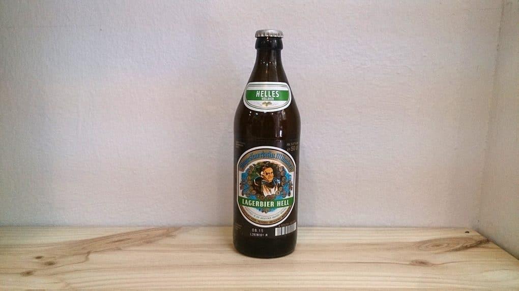 Botella de Cerveza Augustiner Hell