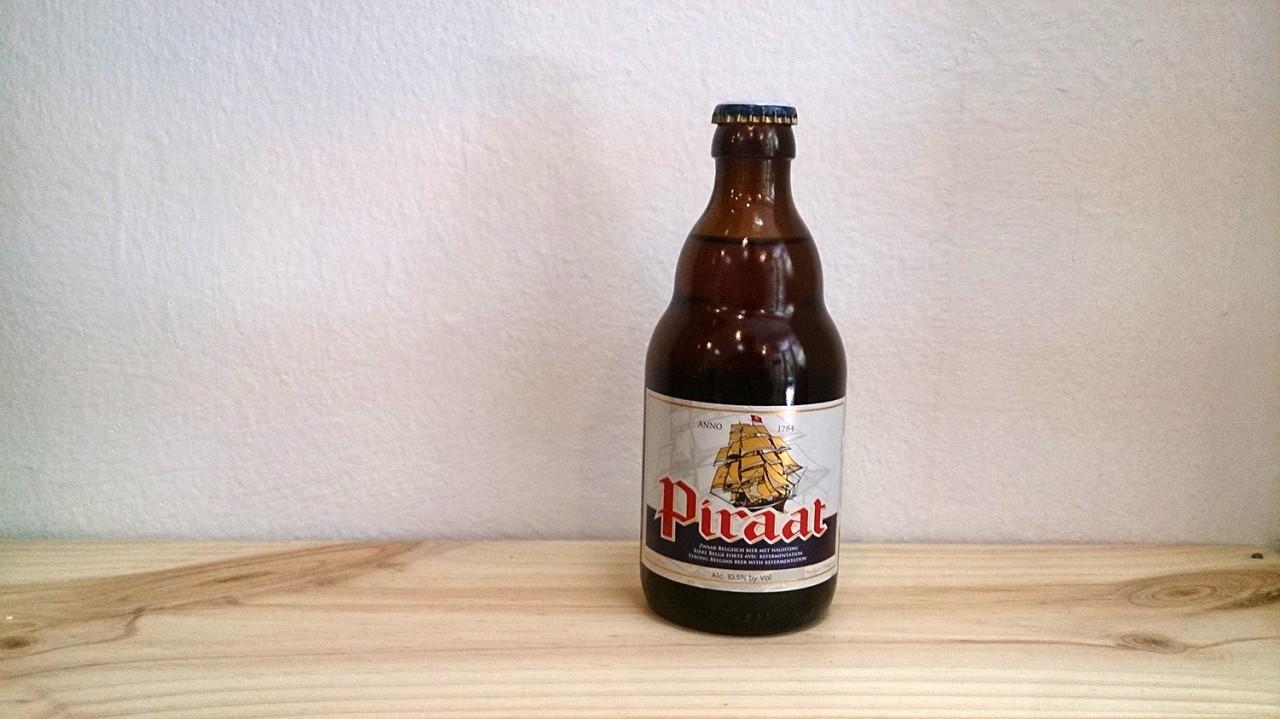 Botella de Cerveza Piraat