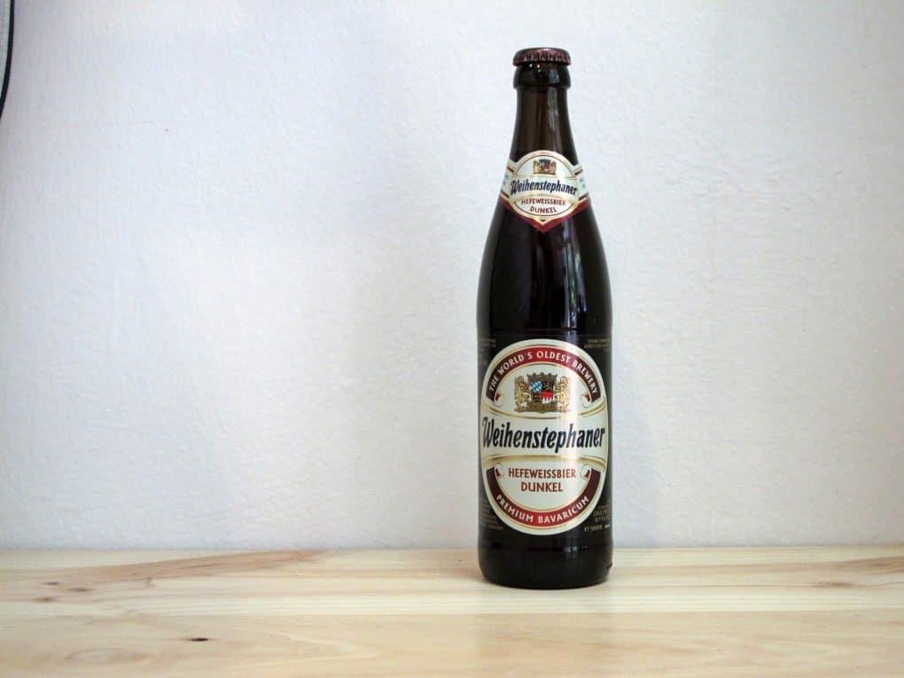 Botella de Cerveza Weihenstephaner Hefeweissbier Dunkel