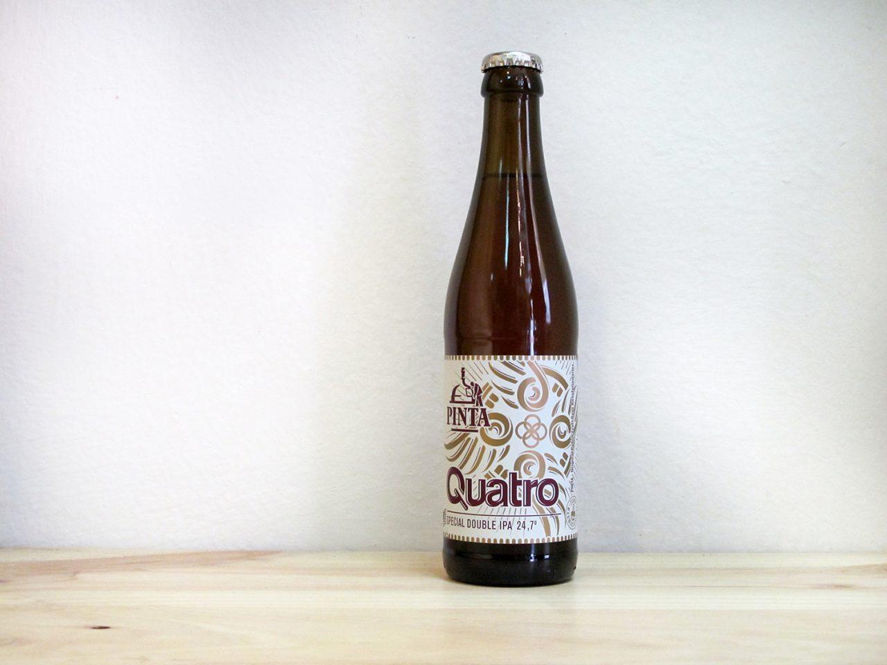 Botella de Cerveza polaca Pinta Quatro Special Double IPA