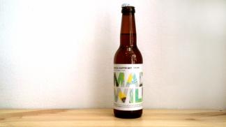 Botella de Cerveza madrileña colaboración Mad Brewing / La Quince Mad & Wild Serie 01: Kaffir Wit