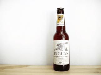 Botella de Cerveza inglesa Thwaites Crafty Dan 13 Guns