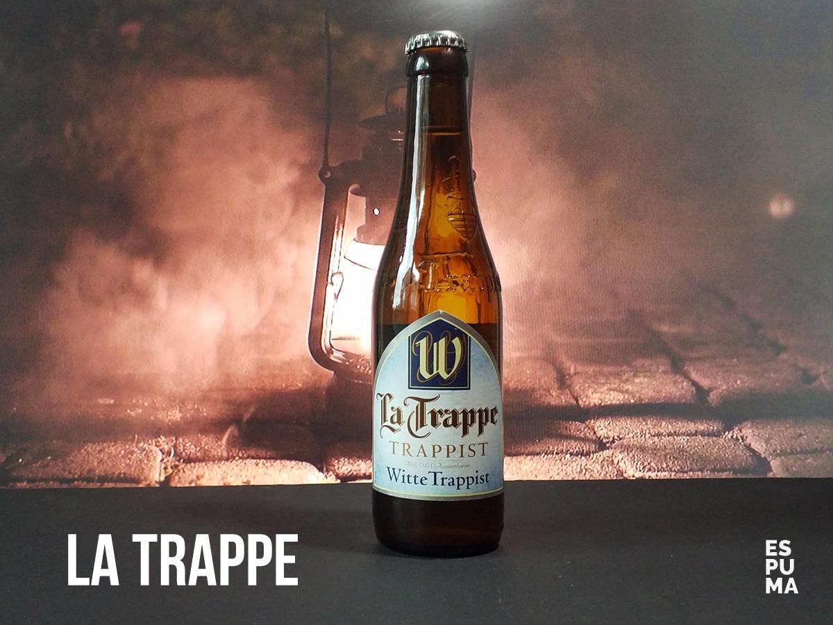 Botella de Cerveza trapense La Trappe Witte