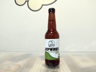 Botella de Cerveza neozelandesa 8 Wired HopWired IPA
