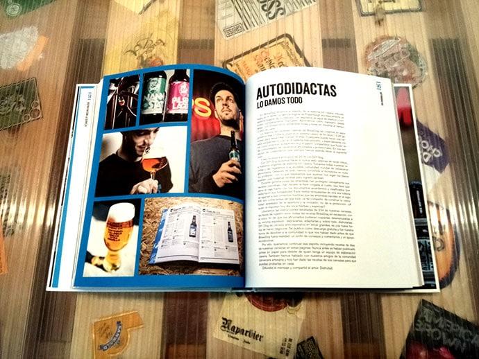 Libro Brewdog Cerveza Artesana para el pueblo - Craft beer for the people traducido al español por Jordi Balcells Antón.