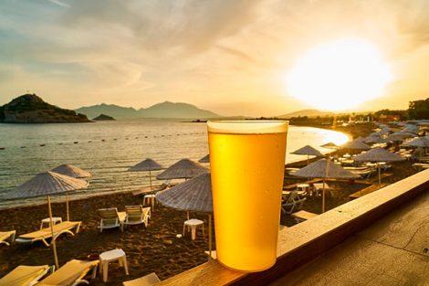 Cervezas andaluzas y sol